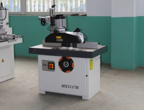 Spindle Moulder with Automatic Feeding Roller/ Feeding Part/ Automatic Feeder pictures & photos
