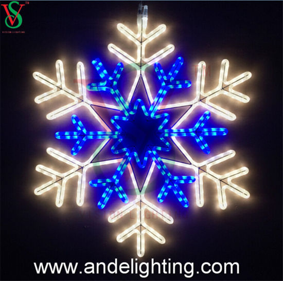 2D Waterproof Christmas Snowflake Motif Lights Decorations pictures & photos