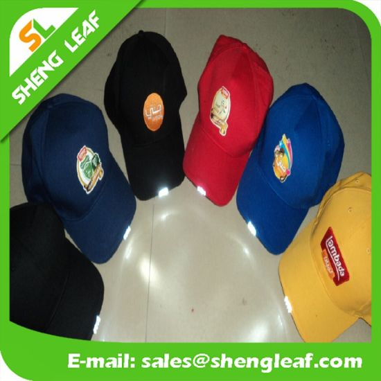 c6c4eb7a0a1 China Outdoor Sports Hunting Camping Camo LED Cap - China Flash Cap ...