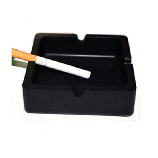 Hot Sales Non-Toxic Waterproof &Dustproof Square Silicone Ashtray pictures & photos