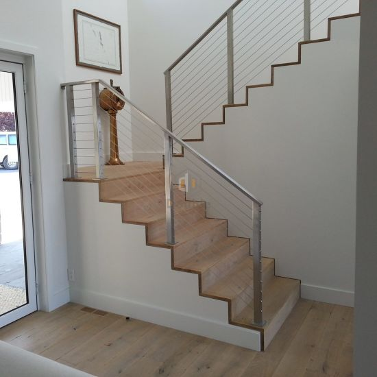 Stainless Steel Stairs Rails / Stainless Steel Cable Balustrade/ Staircase  Railing