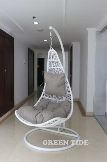 Outdoor Leisure Home Hotel Office Metal White Wicker Rattan Hanging Swing  Chair