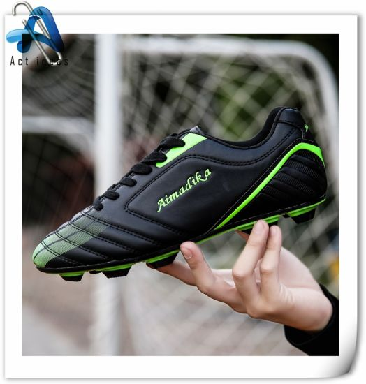 sur commande conception Bottes faites de professionnelle football usine Chine de de la HxFTwqg