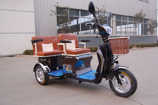 Three Wheel Electric Tricycle with Passenger pictures & photos