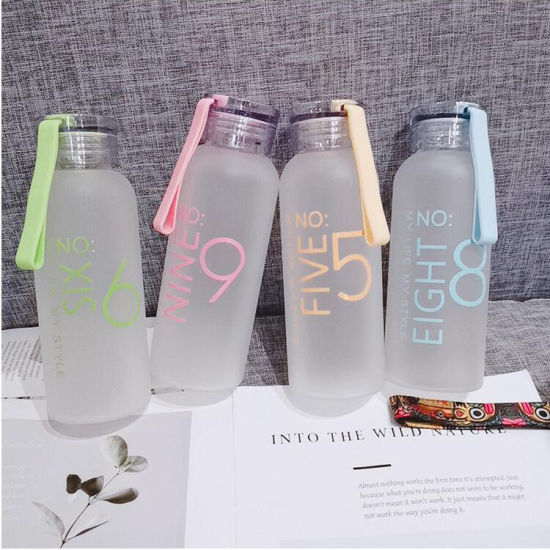 BPA Free Cheap Sports Portable Alkaline Glass Drinking Water Bottle Personality Frosted Water Bottle with Silicone Rope