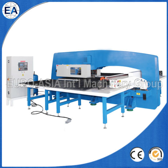 CNC Mechanical Turret Punch Press Machine pictures & photos