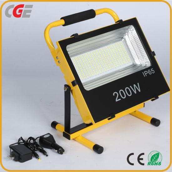 High Power Die Cast Aluminum Waterproof Outdoor 200 Watt Rechargeable LED Flood Light