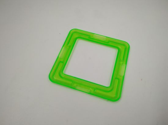 Injection Mould Maker Supplies All Kinds of Low Cost Mold of Plastic Injection Products