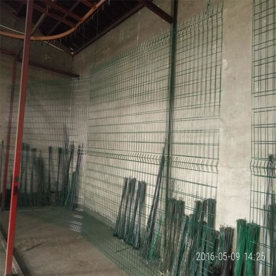 China Galvanized Steel Pipe Fence / Cheap Wrought Iron Fence Panels