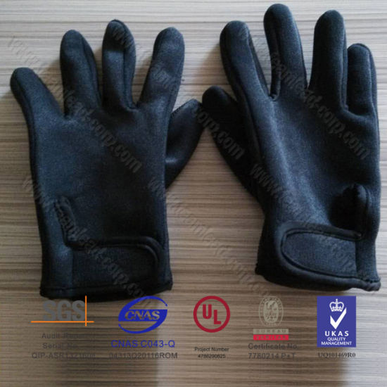 Unisex Neoprene Diving Gloves Sports Gloves Surfing Gloves (QK-G01) pictures & photos