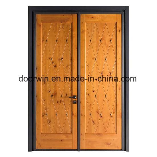 Knotty Alder Wood Entrance Door