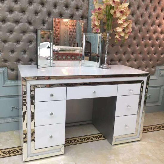 Crush Diamond Deco Wall Mirror with Dressing Table