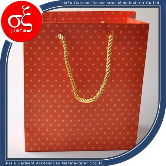 Cheapest Top Quality Garment Paper Bag pictures & photos
