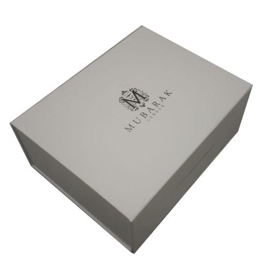 OEM Design Delicate Foldable Magnetic Closure Paper Gift Box Wholesale