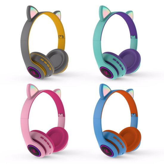 2020 Hot Amazon Cute Cat Ear Headphones LED Wireless Bluetooth Headset HiFi Earphone CT66