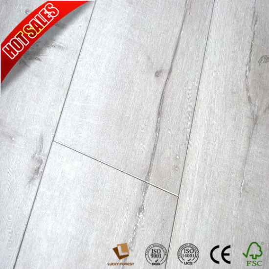 China Swiftlock Handscraped Hickory Laminate Flooring Cherry Wood