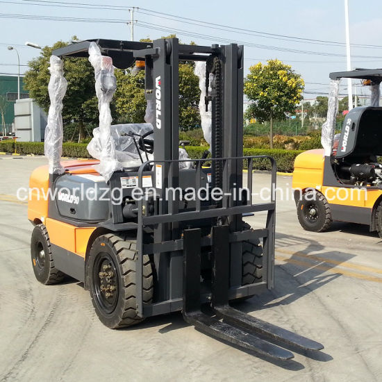 3 Staged Mast 5 Tons China Made Wheel Forklift