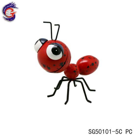 Red Cute Iron Ant Sculpture for House Decoration