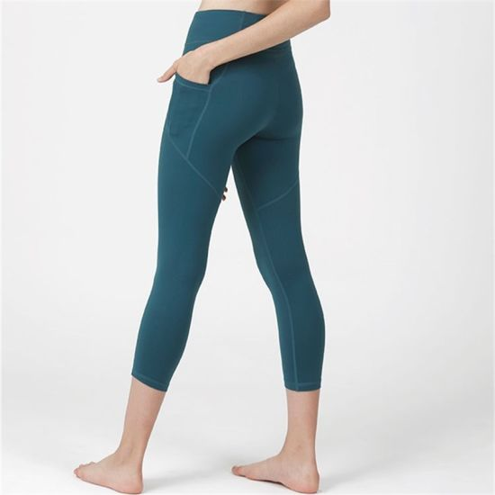 ef25c066e1626 Made in China Sexi Girl Wearing Polyester Spandex Thai Compression Yoga  Pants Leggings for Women