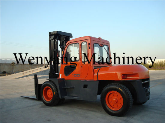 China 10ton Isuzu Engine Diesel Forklift Truck with Cab pictures & photos