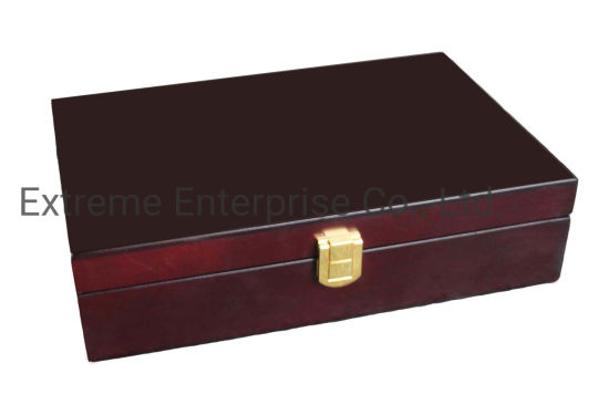 Rich Mahogany Wooden Gift Box pictures & photos