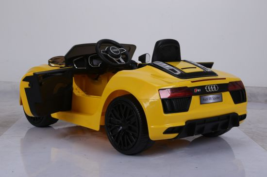Audi R8 Licensed Battery Operated Ride on Car with Remote Contorl pictures & photos