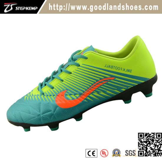 Hot Selling Soccer Shoes Outdoor Football Shoes 7120