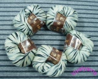 Different Colors Worsted Wool Yarn