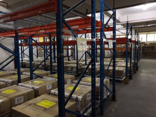 Office Supplies Storage with Low Cost in China Bonded Warehouse pictures & photos