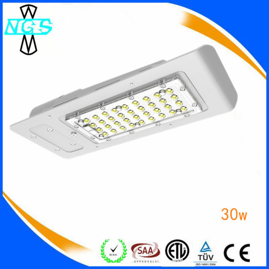 IP67 New Design 30W-120W UL LED Street Light pictures & photos