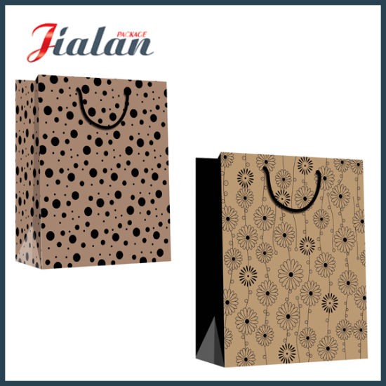 Custom Size Different Design Logo Cheap Printed Paper Garments Bags pictures & photos