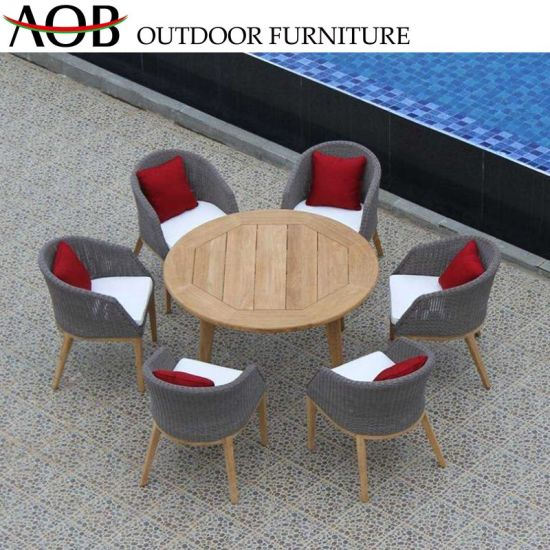 8 Seater Wicker Outdoor Dining Set 2