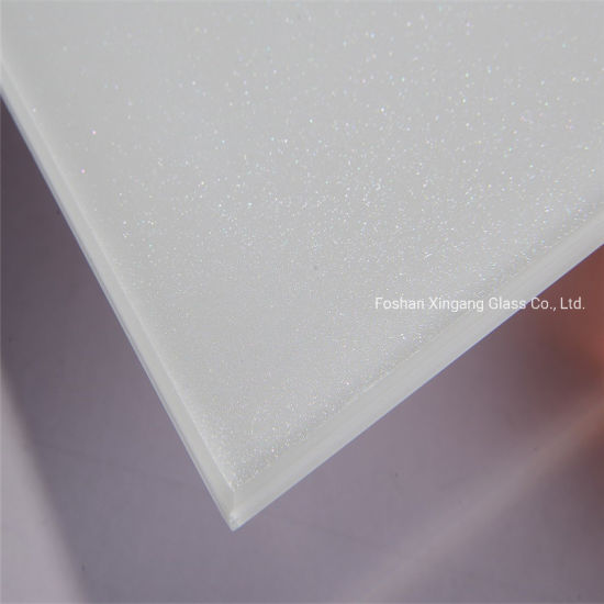 Super White Ultra Clear White Low Iron Metalac with Sparkle Glass Splashbacks