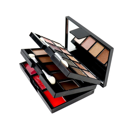 Color Cosmetics Private Label Makeup Cosmetic Eye Shadow 18 Color Eyeshadow Palette pictures & photos