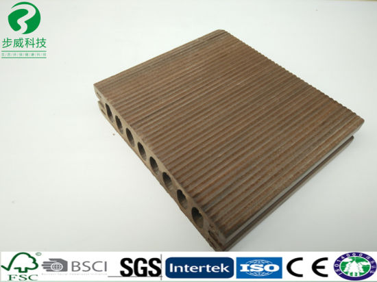 China Round Hole Wood Plastic Composite WPC Decking with Ce and ISO Certificate
