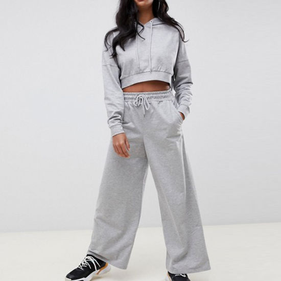 Custom Printing Embroidery Women Cropped Hoodie Basic Wide Leg Joggers Tracksuit pictures & photos