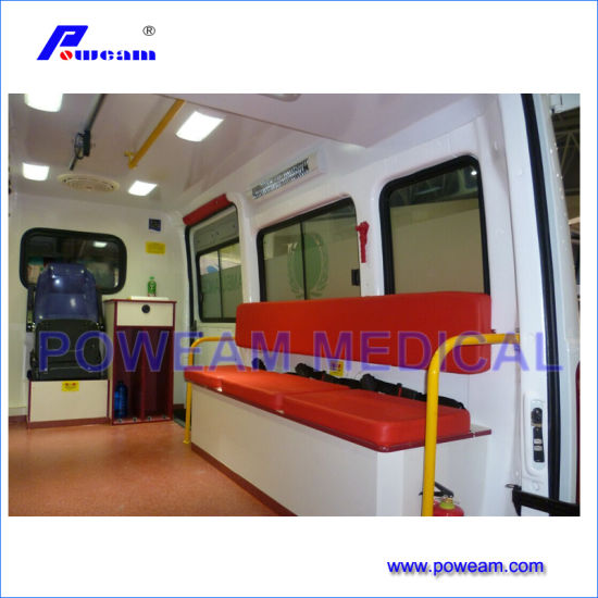 Best Ambulance Vehicle in India pictures & photos