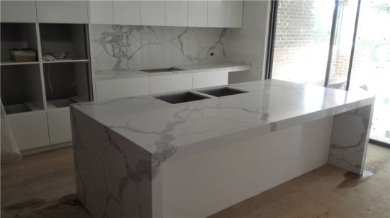 Manmade Stone Calacatta White Quartz Stone for Countertops Design pictures & photos
