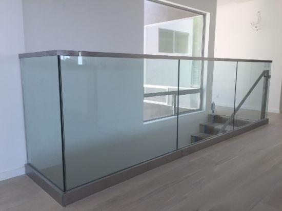 Customized Aluminum U Base Channel Glass Balcony Railing/Outdoor Deck  Railing