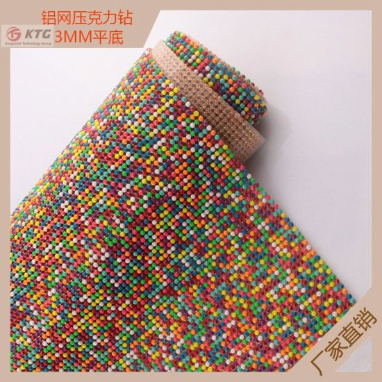 Crystal Gold Metal Base Hot Fix Rhinestone Mesh Trimming for Shoe pictures & photos
