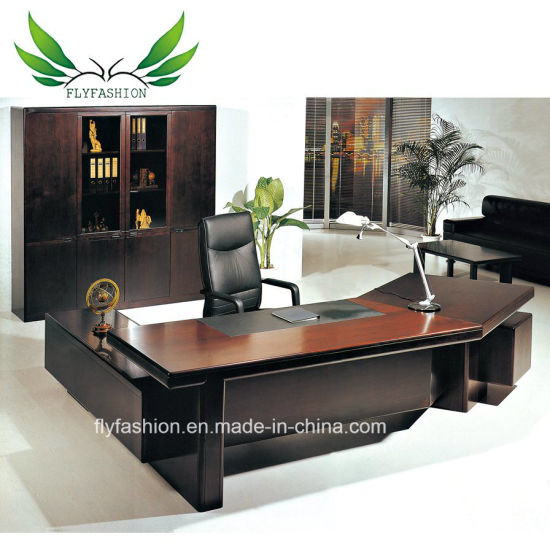 Professional Office Furniture Half Round European Style Executive Desk For Bosanager Et 03