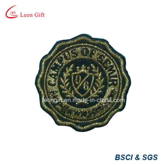 Gold Color Logo Embroidery Lapel Embroidered Badge pictures & photos