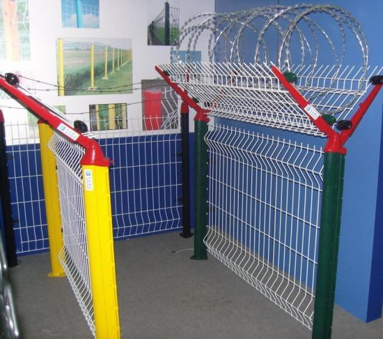 PVC Coated Wire Mesh Fence Airport Fence System 4.0mm - 5.0mm pictures & photos
