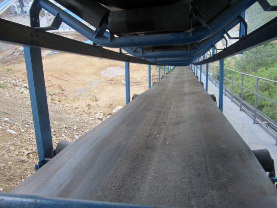 High-Tech Long-Distance Curved Belt Conveyor Materials Handling Equipment