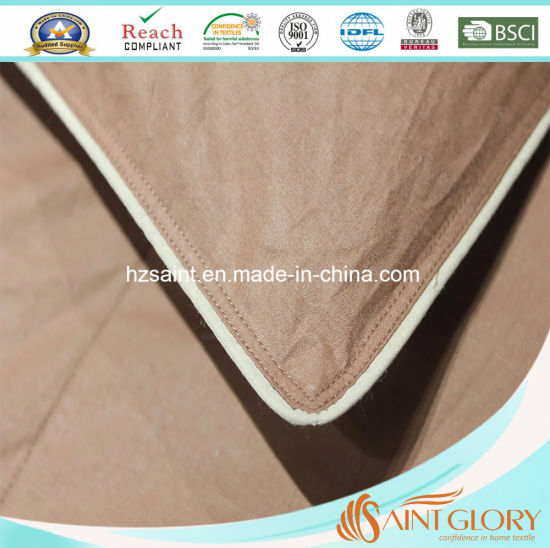 Luxury Polyester Hollow Fiber Duvet /Synthetic Quilt pictures & photos