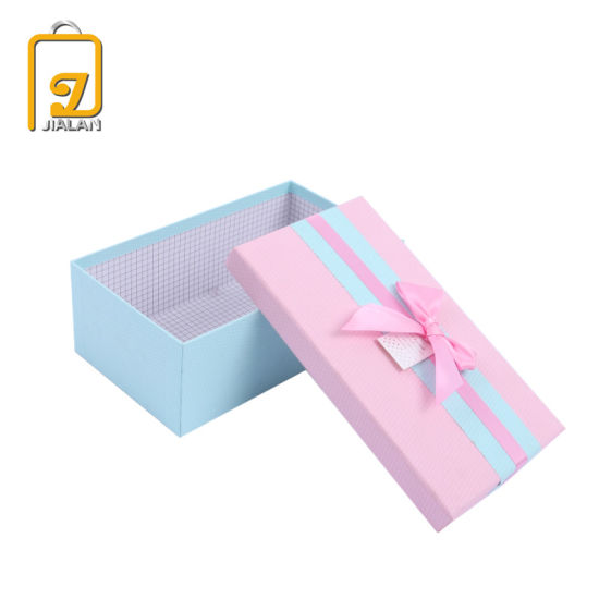 Customized Luxury Beautiful Textured Paper Gift Box with Ribbon Bow