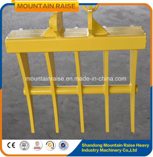 Lower Price 0.8t Rubber Tracks Mini Bagger Excavator for Sale pictures & photos