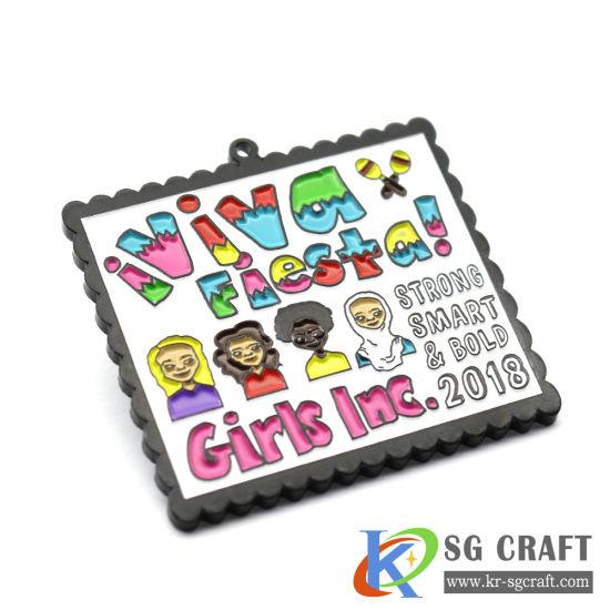 Factory Customized Cartoon Clothing Decoration 2D/3D Metal Crafts Soft Enamel Pin Badge Promotional Gift Sport Souvenir Product Lapel Pin