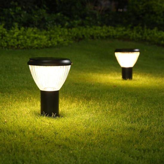 IP65 Waterproof Outdoor Landscape Lighting Solar Garden Light