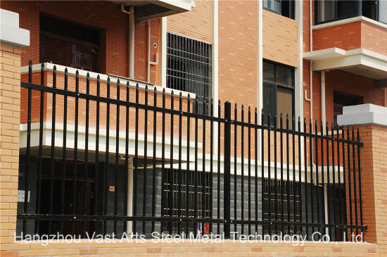 Haohan Simple Security Garden Industrial Residential Black Fence 31 pictures & photos